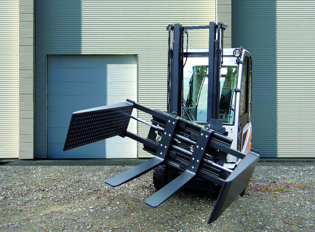 Box Dumper GBE 360° with bolt-on forks